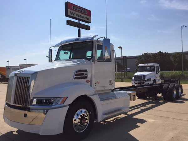 NEW 2020 Western Star 600 HP