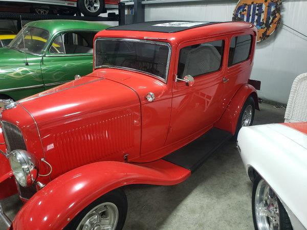 1932 Tudor sedan  for Sale $53,000