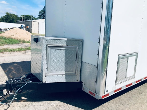2002 United 34' Stacker race trailer  for Sale $20,500