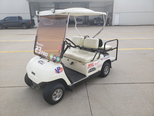 Yamaha Gas Golf Cart  for Sale $2,900
