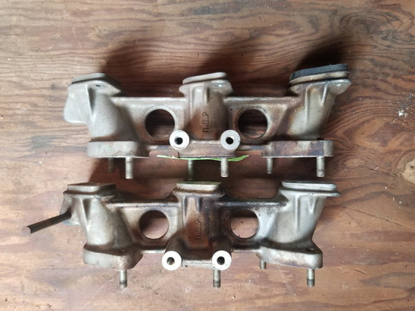 Porsche 911 intake manifolds  for Sale $25
