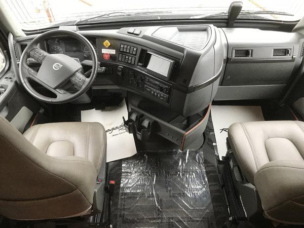 2019 Renegade 45' XL 500HP Volvo