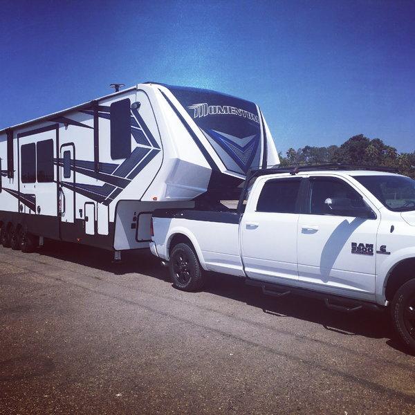 18' Garage 5th Wheel  for Sale $75,000
