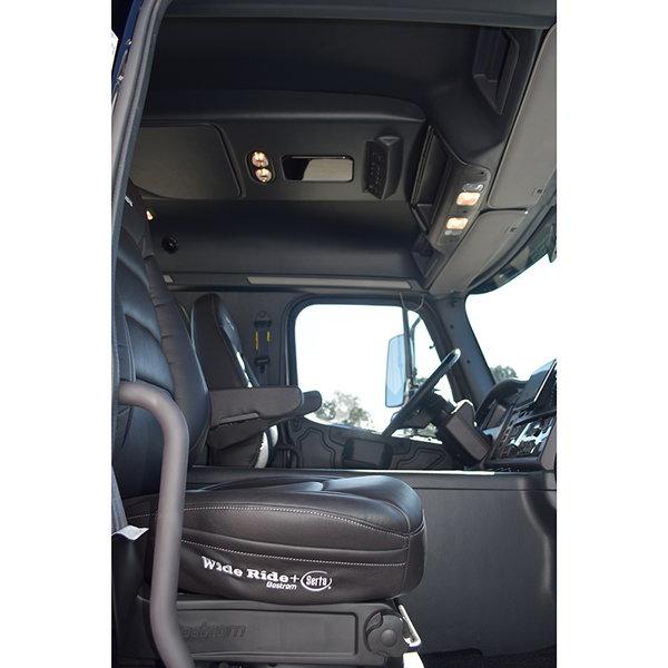 2016 Sportchassis Onyx Edition M2 Crew Cab Hauler w/ 350 Cum
