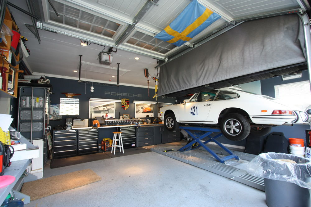 Let 39 s see your garage photos page 3 rennlist for Single car garage man cave