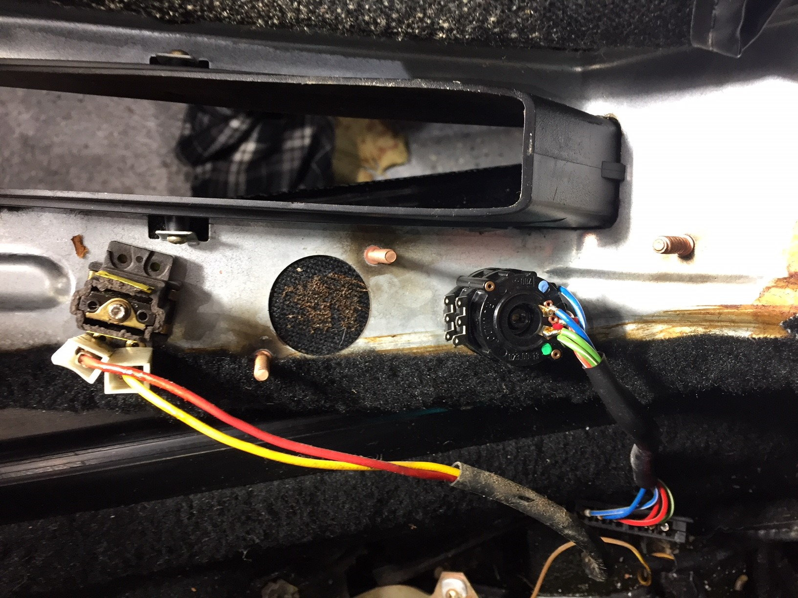19865 928s Radio Wiring Experts Help Please Rennlist Porsche Advanced Race Car Thanks In Advance For Any