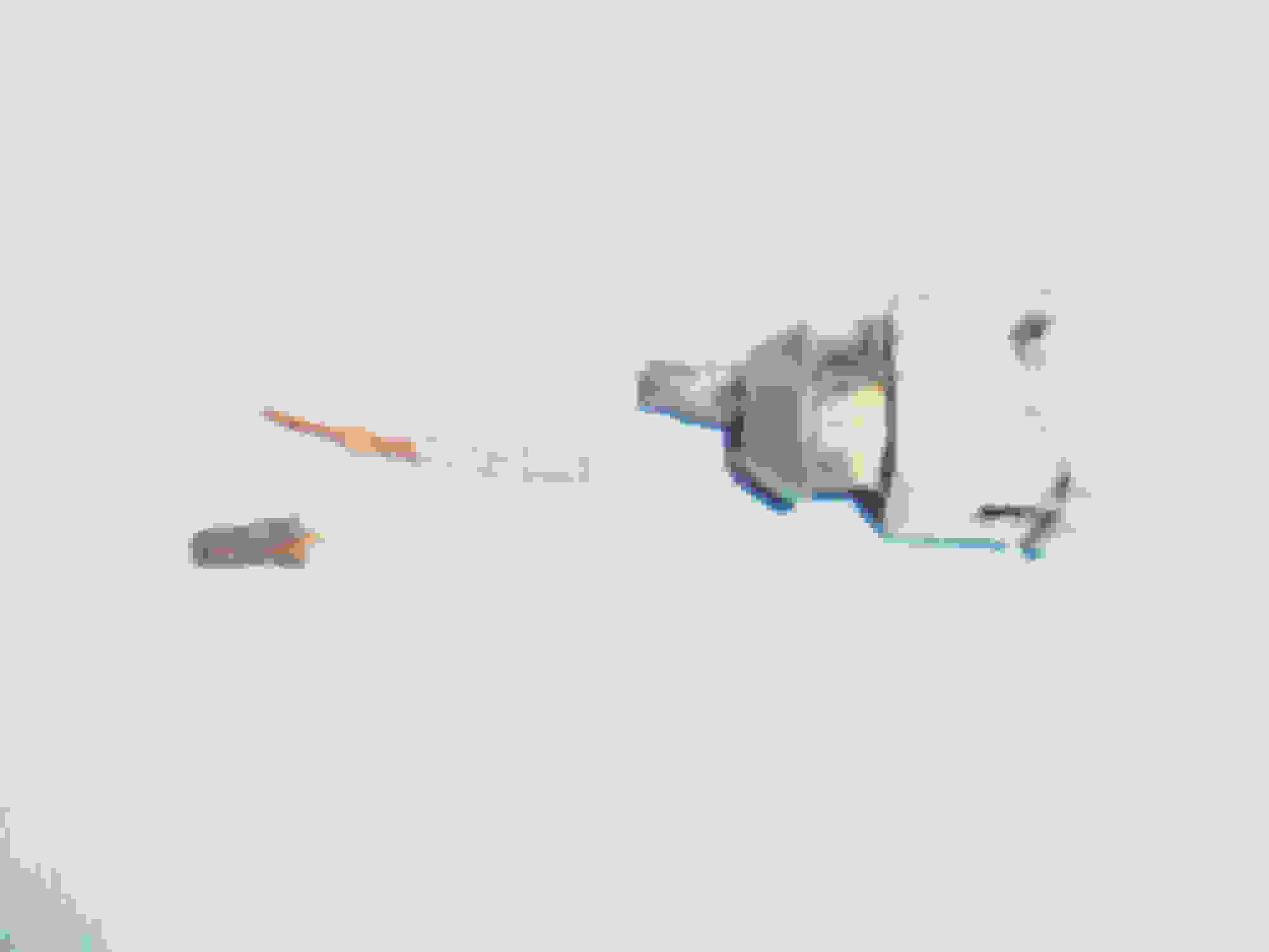 Depinning Bosch connectors, and a surprisingly effective el