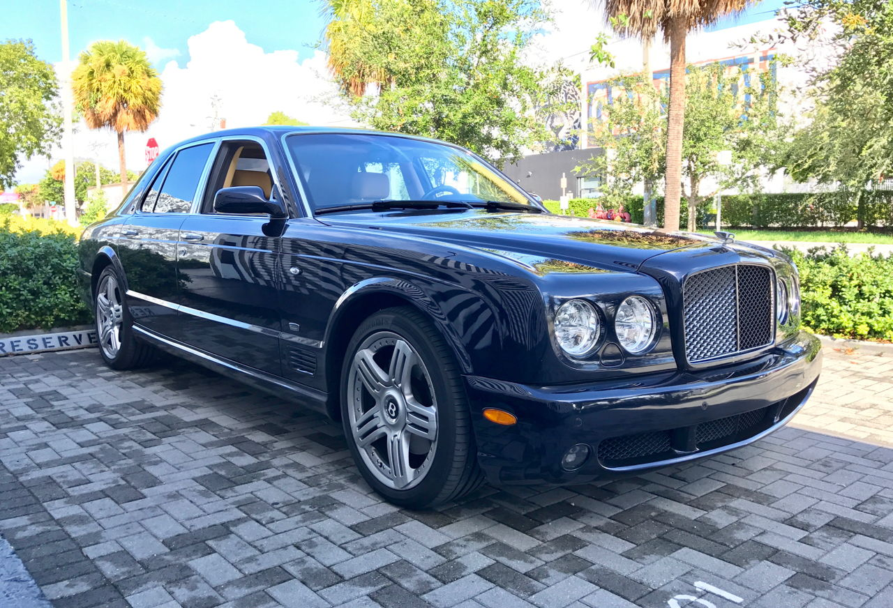 Fs 2007 bentley arnage t 6speedonline porsche forum and 454 bhp and 875 newton metres 645 lbfft for the performance oriented t factory stated 060 mph acceleration is only 52 seconds and the top speed vanachro Image collections