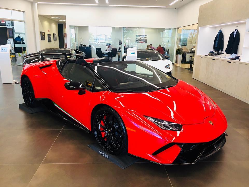 Rosso Mars Lamborghini Huracan Performante Spyder 6speedonline