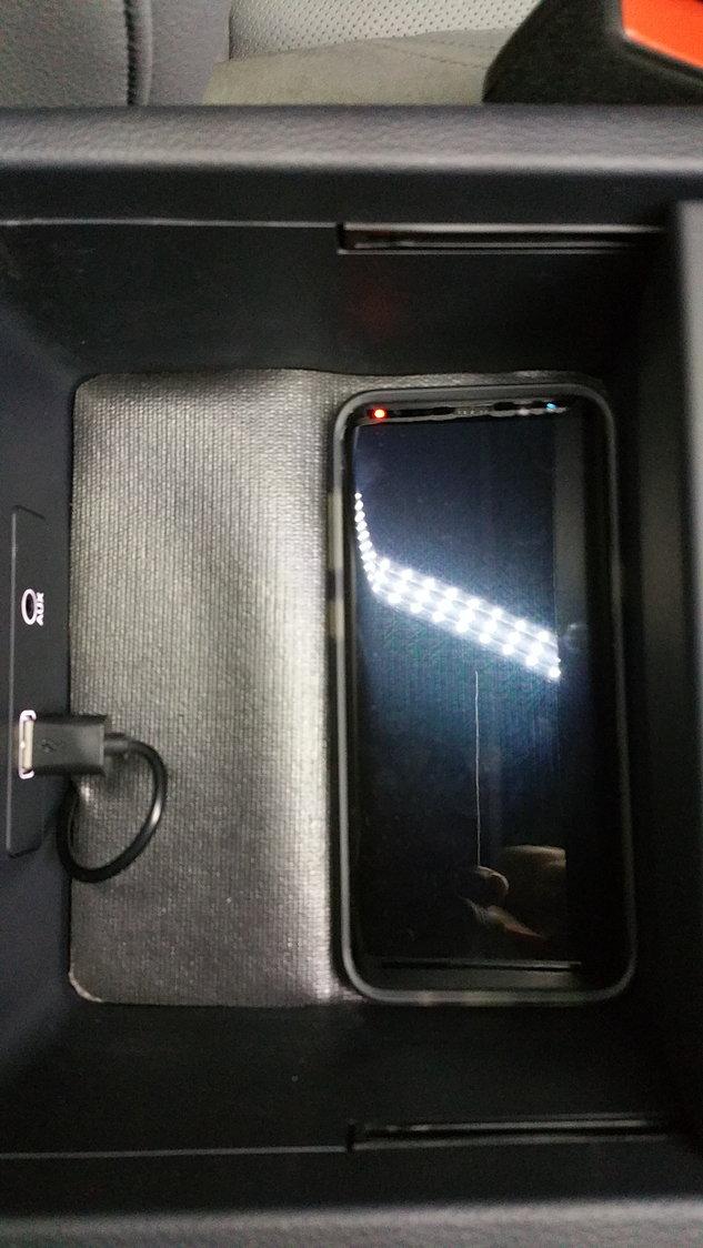 Build Audi Q5 >> Audi q5 phone box wireless charging - AudiWorld Forums