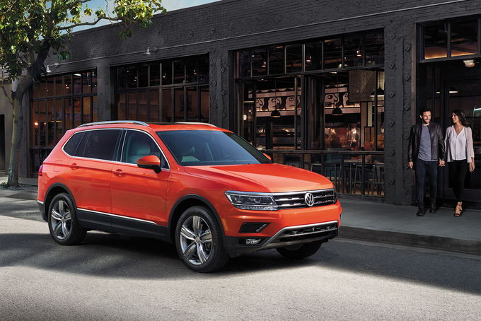 The Volkswagen Tiguan Went Through A Complete Overhaul In 2018 Stretching Its Wheelbase And Body Adding Third Row This Additional Length Made
