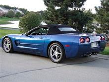 Garage - Blue Lightning