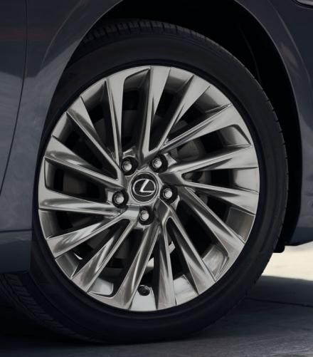 """WTB 2019 Lexus ES 18"""" Noise Reduction Wheels, Set Of 4"""