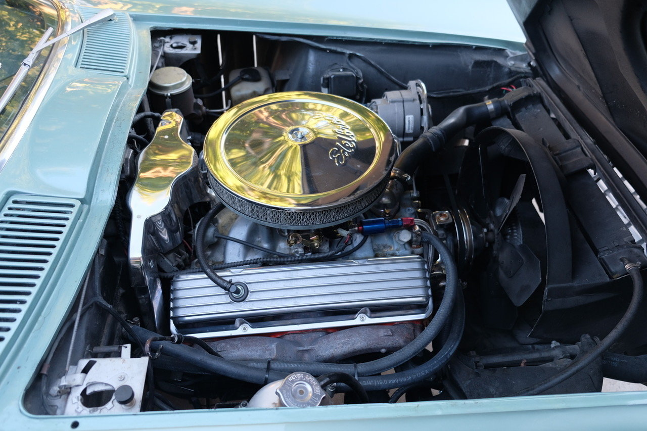 Anyone recognize this crate engine? - CorvetteForum