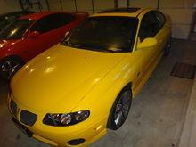 Garage - Yellow