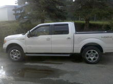 """truck with 5100 shocks installed on 3rd notch @ 1.5"""""""