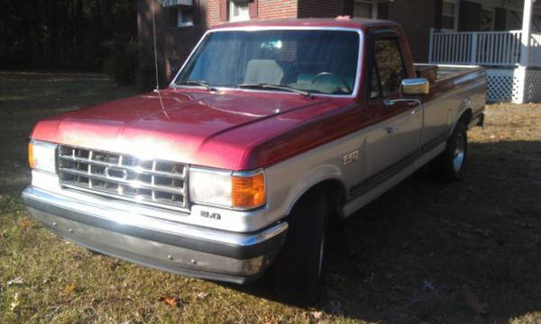 1993 Ford F-150 6cyl 5-speed 4x4 Short Bed