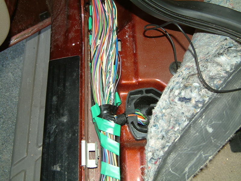 mark05kr albums wires picture23597 f150 wiring 002 black pink wire for reverse camera? wtf! f150online forums 2004 Ford Expedition Transmission Diagram at webbmarketing.co