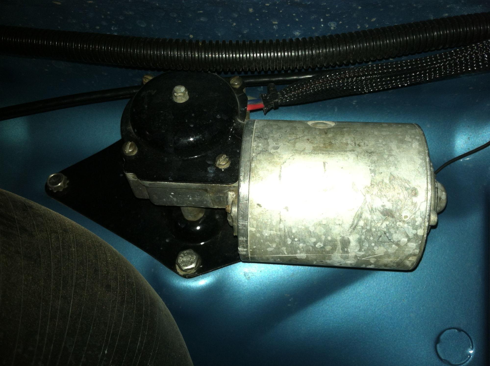 My wiper motor is original but has no label left