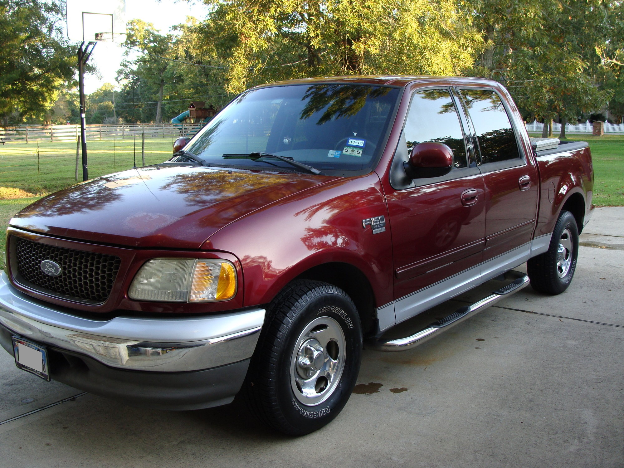 2003 Ford F 150 Supercrew Xlt Truck Enthusiasts Forums F150 L V8 Private Or Dealer Listing Location State Tx Transmission Automatic Drivetrain Rear Wheel Drive Color Red Engine 46l Triton
