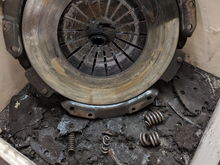 Exploded clutch