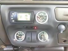 PHP Gryphon w- custom tunes; boost guage; pedal adjuster; aux pump switch; veg/coolant temp guage; V3 controls; veg level/pressure guage; trailer brake controller