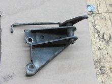 Kickdown mechanism. Mounts to rear carb.