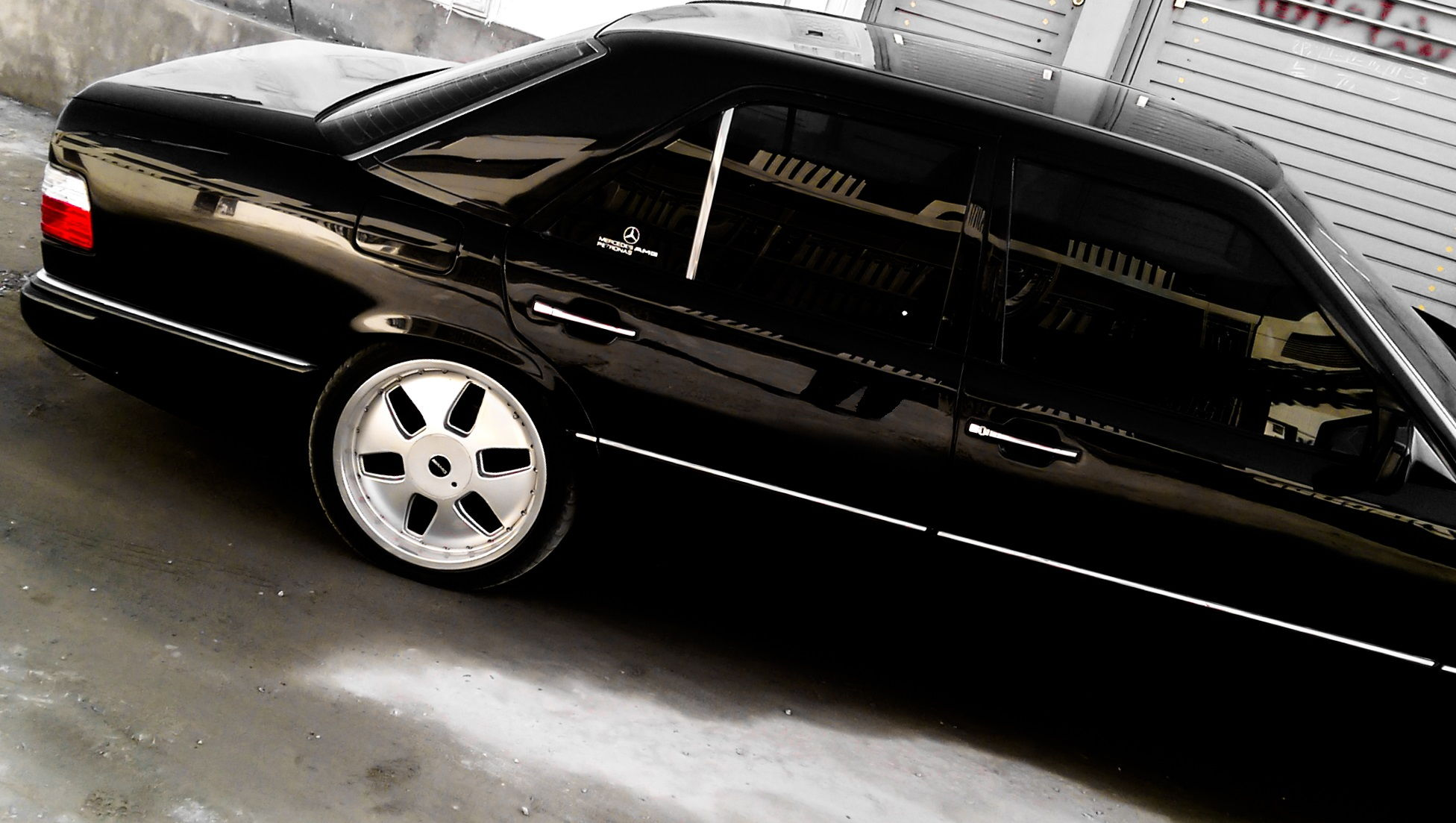 W124 1990 restoration project forums for Best wax for black mercedes benz