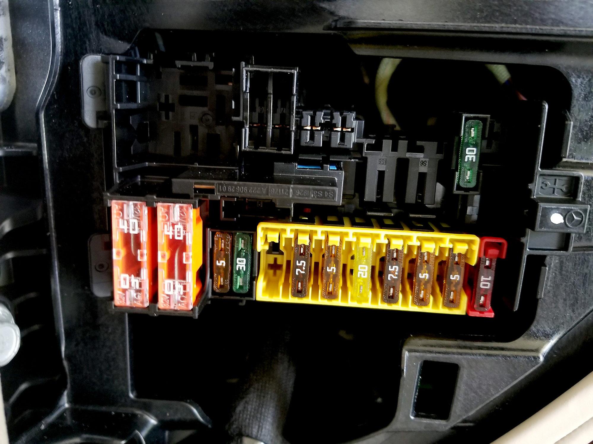 27EB75B 07 09 W221 Merced3es S550 S600 Dashboard Left Fuse Box ... 07 09 W221 Merced3es S550 S600 Dashboard Left Fuse Box Relay Wiring Library