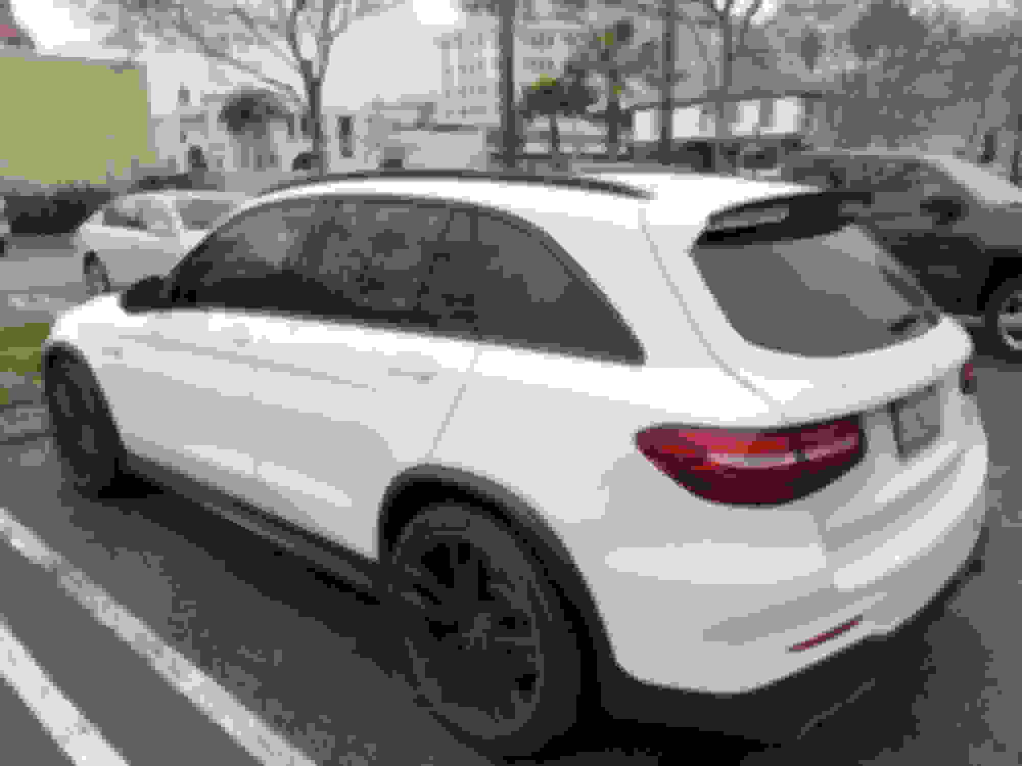 For Mercedes-Benz ML63 AMG 07-10 Spoiler Factory Style Fiberglass Rear Roofline