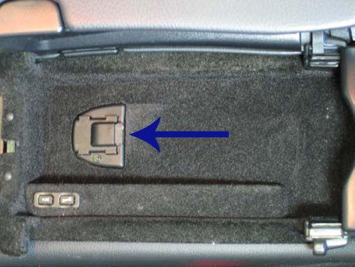 2009 w 209 clk cabriolet bluetooth puck forums for Mercedes benz bluetooth cradle