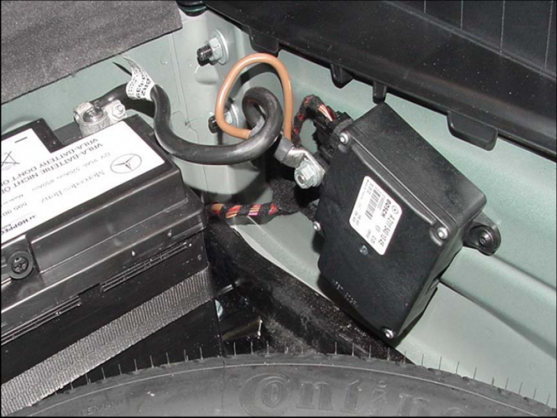 W211 Pre Fuse Box : Battery quot visit workshop mbworld forums