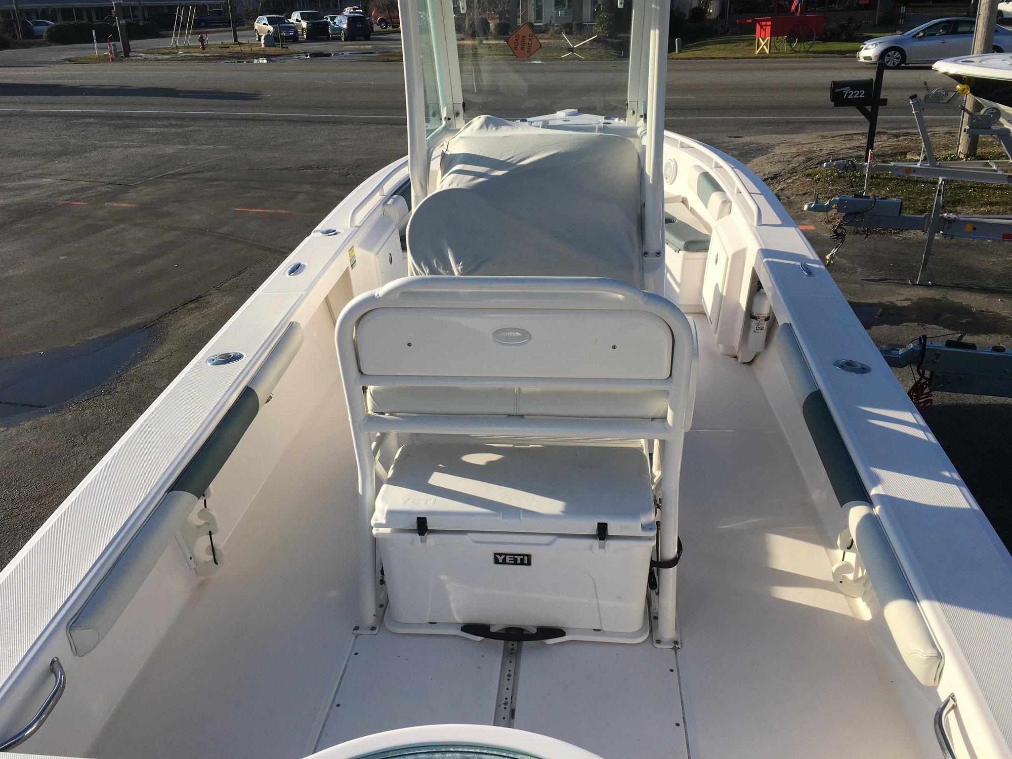 2014 Everglades 243 300 Yamaha Warranty!$69,900