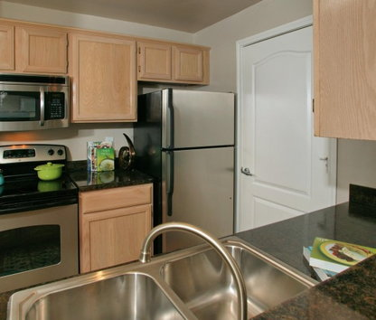 reviews prices for riviera at west village apartments dallas tx