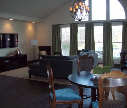 Image Of Pointe Royal Apartments In Overland Park, KS
