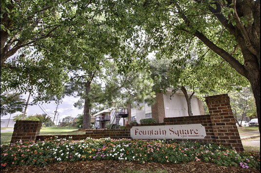 Reviews & Prices for Fountain Square, Tuscaloosa, AL