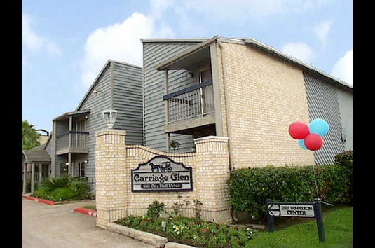 Reviews & Prices for Carriage Glen Apartments, Rosenberg, TX