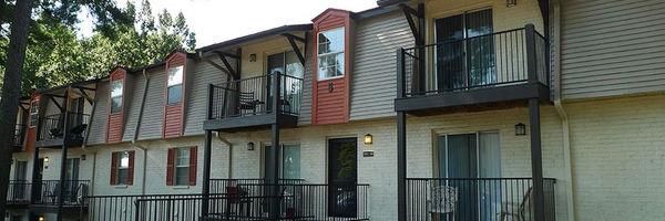 The Views on Pelham Apartment Homes