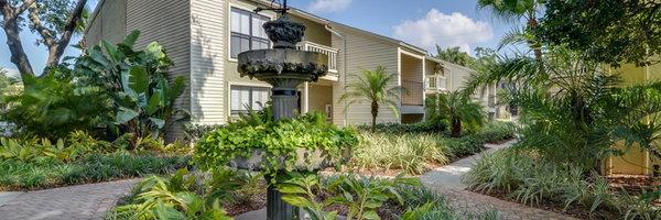 Bay Oaks Apartments