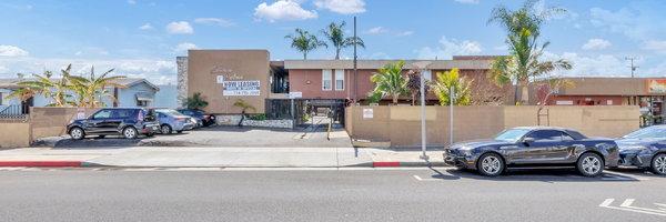 Carson Palms Apartments