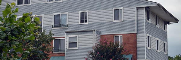 Douglas Knoll Apartments