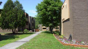 Stillwater Village Apartments