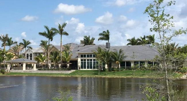 Lakefront clubhouse and pool-gazebo area