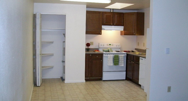 Central Park Villa Apartments 30 Reviews Olympia Wa Apartments For Rent Apartmentratings C