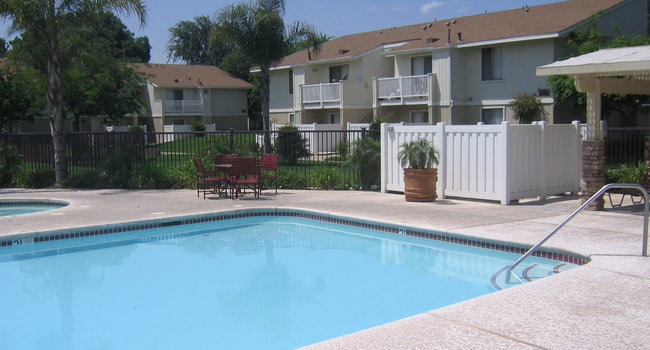 Carmel Crest Apartments - 111 Reviews | Fresno, CA