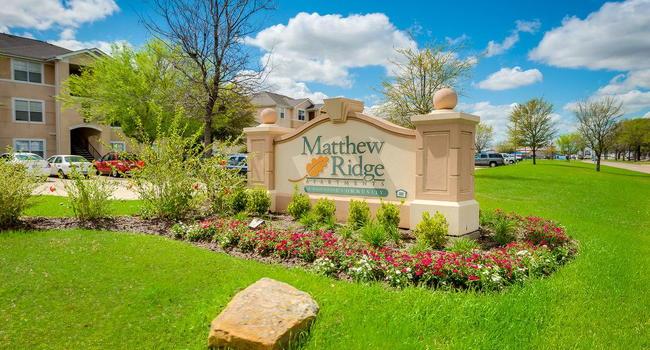 Image Of Matthew Ridge Apartments In Houston, TX