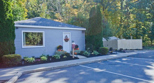Pine Ridge Estates - 19 Reviews | Greenfield, MA Apartments