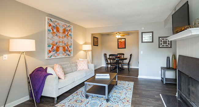 Willow Grove Apartments 157 Reviews Nashville Tn Apartments For