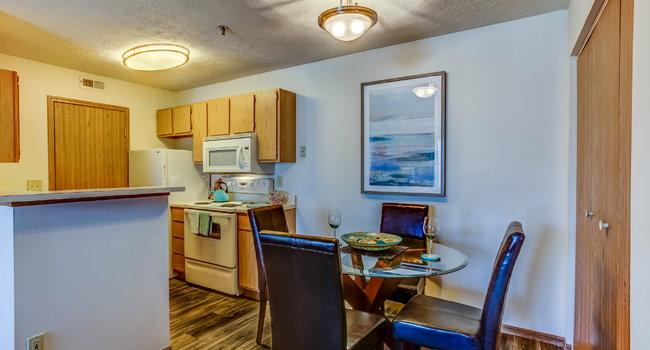Lake Forest Apartments - 51 Reviews | Westerville, OH