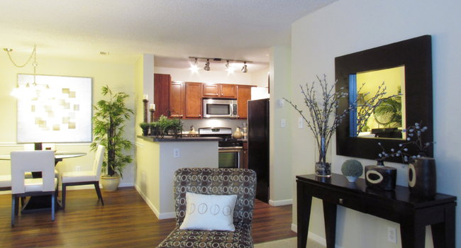 the pavilions apartment homes 203 reviews manchester ct rh apartmentratings com